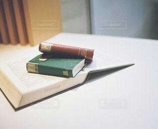 本のの写真・画像素材[3904]