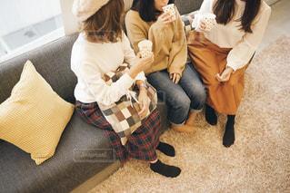 おうちで女子会の写真・画像素材[1536947]