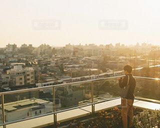 屋上で見る夕景の写真・画像素材[1753120]