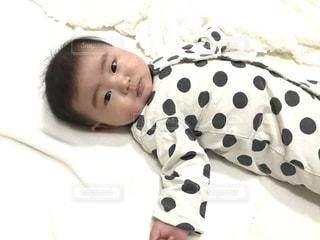 赤ちゃんの写真・画像素材[996114]