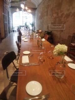 長テーブルの写真・画像素材[1226156]