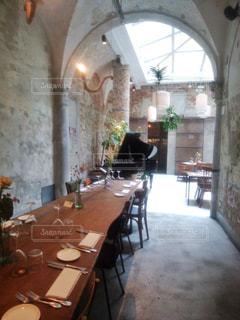 ピアノのあるカフェレストラン - No.1226500