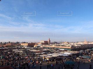 マラケシュの空と街並みの写真・画像素材[1152802]