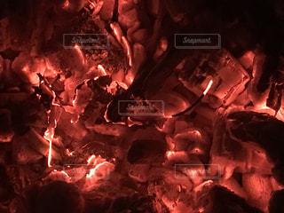 燻る炎の写真・画像素材[1463715]