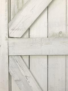 近くのドアのアップの写真・画像素材[1742215]