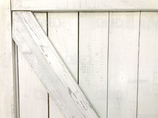 近くのドアのアップの写真・画像素材[1742216]