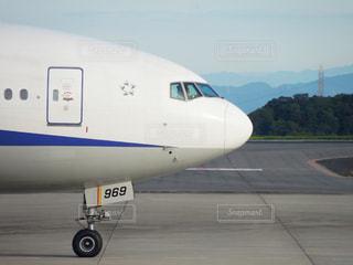 旅客機の機首の写真・画像素材[1424206]