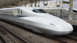 東京駅より発車を待つN700系新幹線の写真・画像素材[1510804]