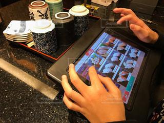 回転寿司屋の注文タブレットの写真・画像素材[297093]