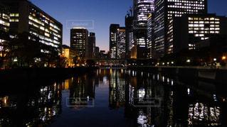 大阪淀屋橋の夕景の写真・画像素材[303174]
