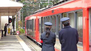 箱根登山鉄道で研修中の女性乗務員の写真・画像素材[304913]