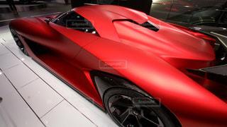 日産の赤いスポーツカーの写真・画像素材[350386]