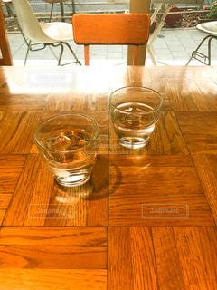 カフェの水の写真・画像素材[849475]