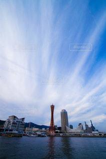 神戸港のシンボル、赤いポートタワーの写真・画像素材[856330]