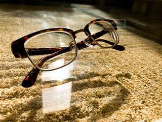 レトロな感じの眼鏡 - No.876562