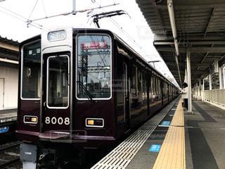 阪急神戸線の特急電車の写真・画像素材[948118]