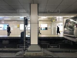 大阪の地下鉄の駅の写真・画像素材[995656]