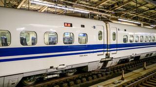 東京駅に到着した東海道新幹線の700系車両の写真・画像素材[1350068]