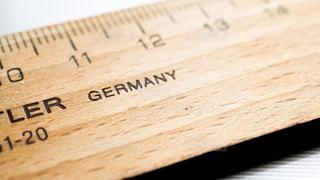 ドイツ製の木製の定規の写真・画像素材[1403970]