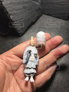 氷河期に行ってしまった修行僧のフィギュアの写真・画像素材[1460940]