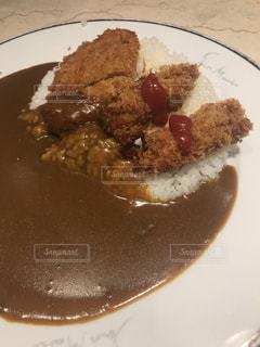 冬限定メニューのカキフライカレーがたまらぬ美味しさ!の写真・画像素材[1725740]