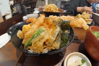めちゃくちゃ美味しい天丼の写真・画像素材[2025589]