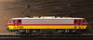 ベルギー国鉄の電気機関車の鉄道模型の写真・画像素材[2176181]
