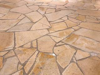 建物の床に貼られている石材の模様の写真・画像素材[2333487]