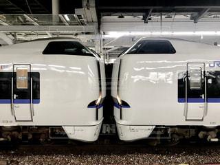 金沢から長駆、大阪までやってきた特急サンダーバードの写真・画像素材[2500288]