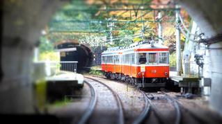 箱根登山鉄道のレトロな車両の箱庭風写真の写真・画像素材[2821060]