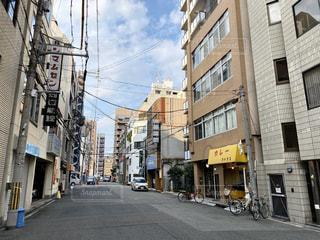 大阪日本橋の路地の建物の写真・画像素材[3036326]