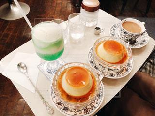朝食とコーヒー カップのプレート - No.813936