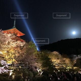 夜の街の景色の写真・画像素材[1119261]