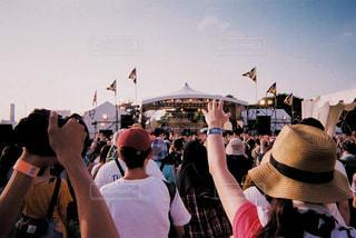 最高の天気で野外フェスの写真・画像素材[2102199]