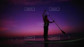 夕暮れのStandUpPaddleの写真・画像素材[2615309]