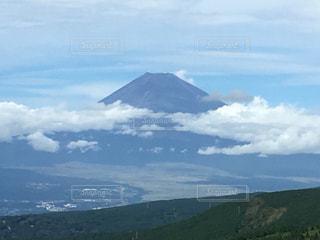 雪の積もってない富士山🗻の写真・画像素材[744183]