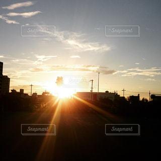 ダイヤモンドより輝く夕日の写真・画像素材[744223]