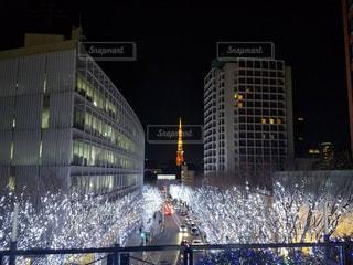 六本木けやき坂のイルミネーションと東京タワーの写真・画像素材[940853]