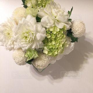 食卓に花をの写真・画像素材[1137197]