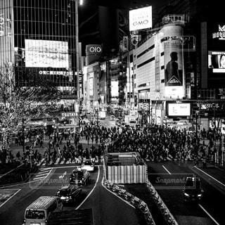 渋谷スクランブル交差点の写真・画像素材[3086263]