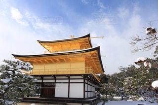 雪に覆われた家の写真・画像素材[871881]