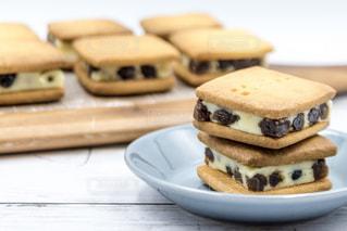 レーズンバターサンドクッキーの写真・画像素材[1861501]