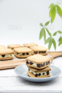 レーズンバターサンドクッキーの写真・画像素材[1861502]