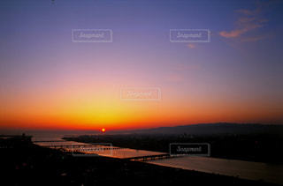 空中庭園からの夕陽の写真・画像素材[702473]
