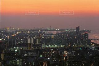 空中庭園からの夜景の写真・画像素材[702478]
