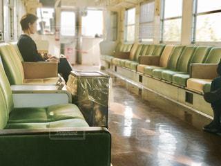 田舎のワンマン電車の写真・画像素材[881906]
