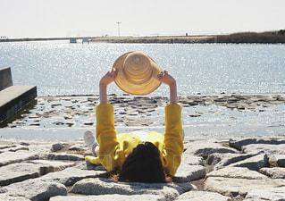 うみと黄色の写真・画像素材[897789]