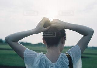 髪を結ぶの写真・画像素材[897922]