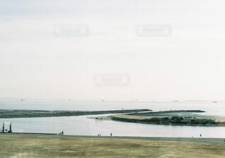 水の大きな体の写真・画像素材[1285694]