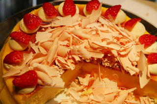 皿の上のケーキのスライス - No.1064683